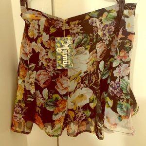 MuMu mini skirt! Never been worn!